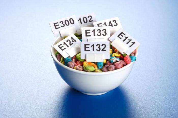 Chemia w żywności – ile jej zjadamy w ciągu roku